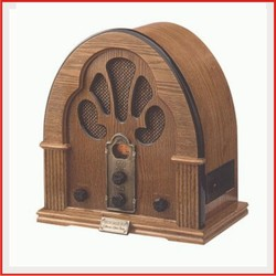 Vintage Red Portable Transistor Radio moreover Retro Radio in addition Finally Ticket  pound Delivers likewise 7290 furthermore Crosleycorsairvintageradio. on old style clock radios
